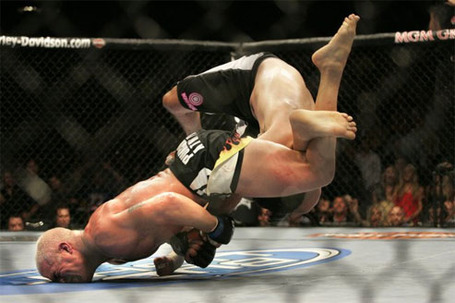 Tito-ortiz-machida-triangle1_medium
