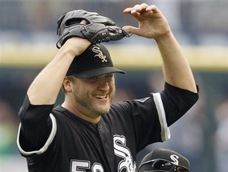 Buehrle20smile20perfect20game2028ap29-thumb-320x242-13904812_medium