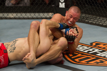 Ufc111_10_gsp_vs_hardy_0041_medium