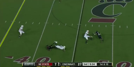 Bearcats-bubble-screen-on-catch_medium