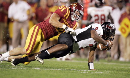 5789898-las-iowa-state-northern-illinois-football-09_02_2010-23