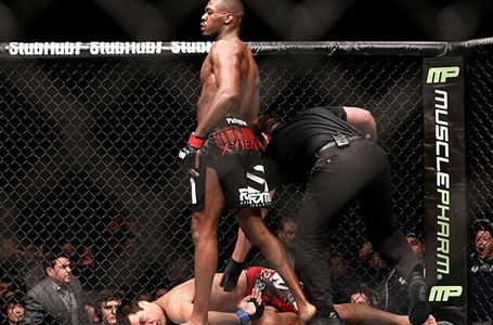 Jon-jones-vs-lyoto-machida-ufc-140-fight-highlights_medium