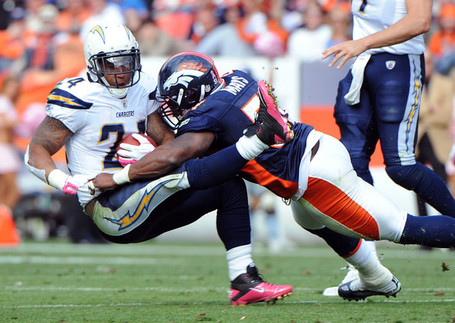 Joe_mays_ryan_mathews_san_diego_chargers_v_6v3lnjj1nyvl_medium