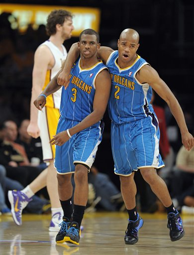 107467_hornets_lakers_basketball_medium