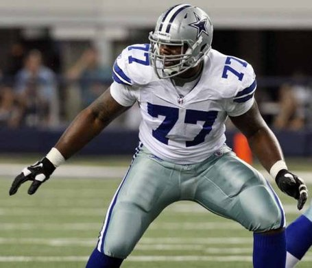 18441913-cowboys-tyron-smith-2-08_21_2011_medium