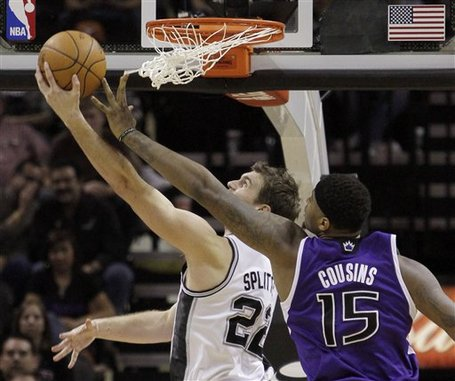 116973_kings_spurs_basketball_medium