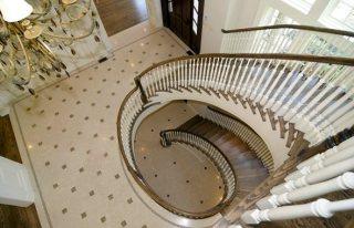 Ovechkin-spiral-staircase1_medium