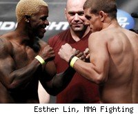 Melvin Guillard vs. Joe Lauzon at UFC 136.