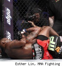 Jon Jones submits Rampage Jackson at UFC 135.