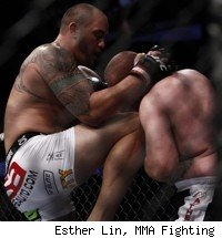 Travis Browne beats Rob Broughton at UFC 135.