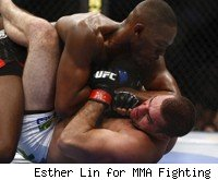 Jon Jones elbows Shogun Rua.
