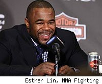 Rashad Evans will face Tito Ortiz in the main event of UFC 133 in Philadelphia.