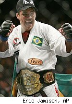 Lyoto Machida wins