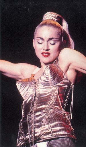 9049_madonna-1990-blond-ambition-tour_medium