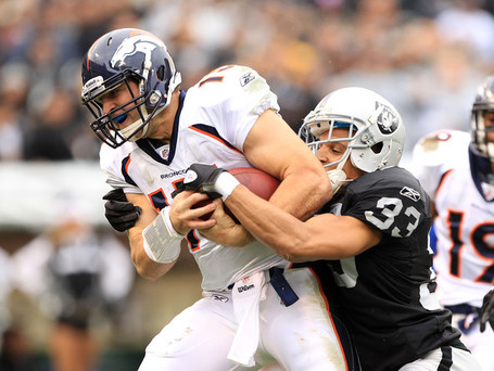 Tyvon_branch_denver_broncos_v_oakland_raiders_6u9vd6uamkol_medium