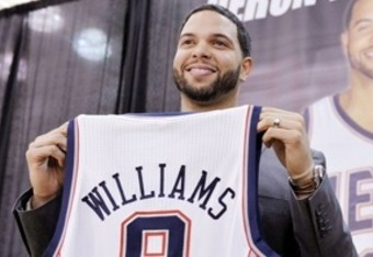 Deronwilliams_nets_crop_340x234_medium
