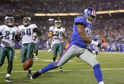 Hakeem-nicks-touchdown-giants-eagles-eea088d4ace89780_large_medium