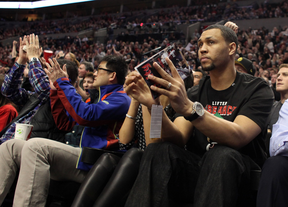> Brandon Roy Returns To Court In Seattle Pro-Am (video) - Photo posted in BX SportsCenter | Sign in and leave a comment below!