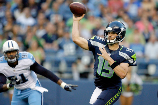 Matt Flynn throws against the Tennessee Titans. 