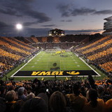 Kinnick_-_black_and_gold_night_3
