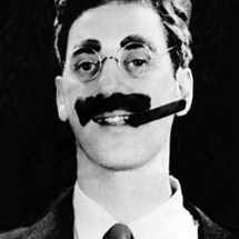 220px-groucho_marx