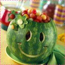 Smiley-face-watermelon-carv