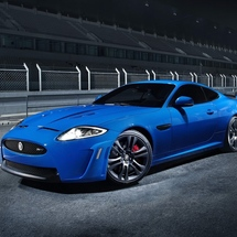 Jaguar-xkr-s_2012_800x600_wallpaper_03