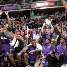Kings-fans-rally_zps5f7d43c3