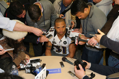4 gay NFL players could come out on the same day, Brendon Ayanbadejo says