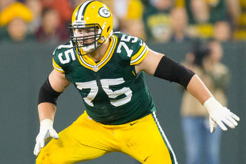 Packers shake up offensive line