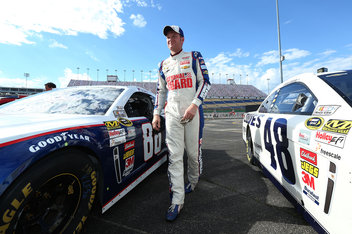 NASCAR at Kentucky Speedway 2013: Lineup, starting grid for Quaker State 400