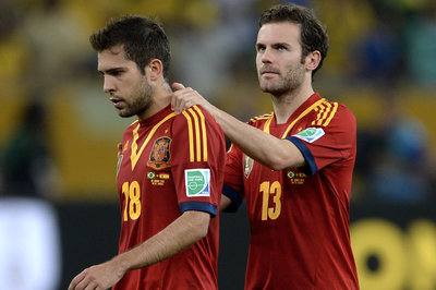 Mata included in Spain squad, Torres and Azpilicueta are not
