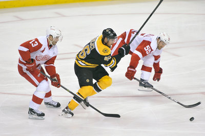 Bruins vs. Red Wings Complete Coverage