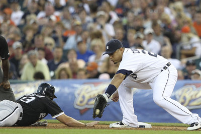 Miguel Cabrera willing to move back to first base