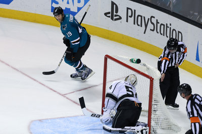 The Joes score as the host Sharks top the Kings by one goal, as expected