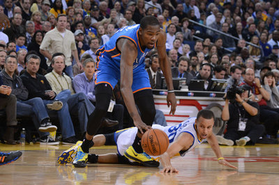 2013-2014 Game 14: Oklahoma City Thunder vs Golden State Warriors full coverage