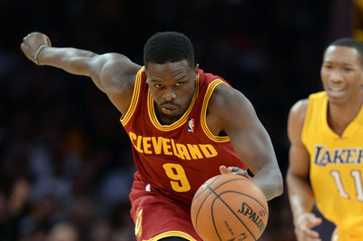 NBA Trade Deadline: Should the Cleveland Cavaliers look to trade Luol Deng?