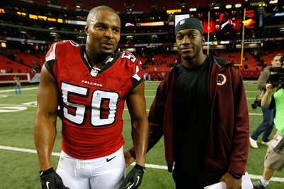 Report: Falcons Haven't Given Osi Umenyiora An Ultimatum