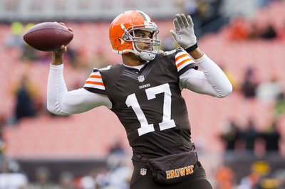 Bengals make signing of Jason Campbell official