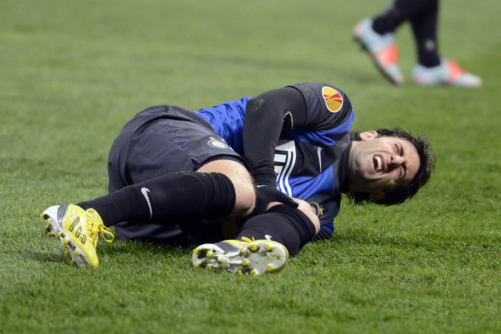 Shocker: Inter Milan striker Diego Milito out for 9 months after knee ligament injury v Cluj