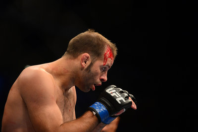 UFC 157 results: Kenny Robertson scores beautiful submission win over Brock Jardine