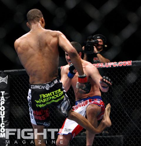 Ufc Leg Kick Break Corey 39